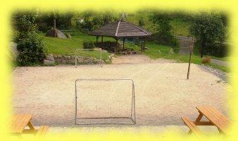Hřiště na fotbal nebo jiné sportovní aktivity